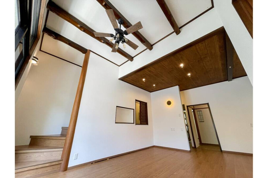 5LDK House to Buy in Kamakura-shi Living Room