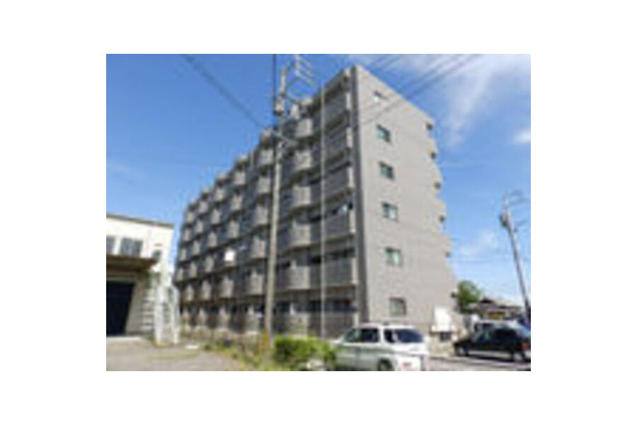 1R Apartment to Rent in Kameyama-shi Exterior