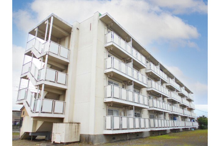 2K Apartment to Rent in Mizuho-shi Exterior