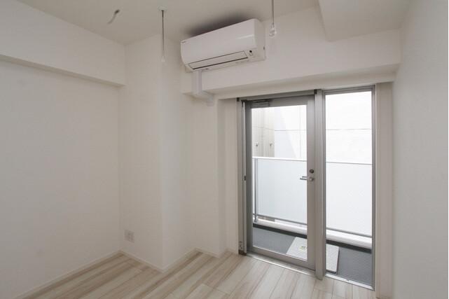 1K Apartment to Rent in Yokohama-shi Nishi-ku Bedroom