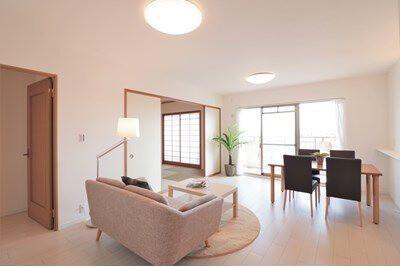 3SLDK Apartment to Buy in Nishinomiya-shi Interior