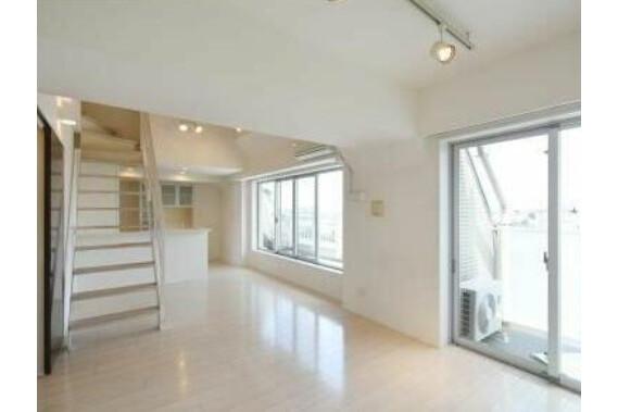 4LDK Apartment to Buy in Nakano-ku Interior