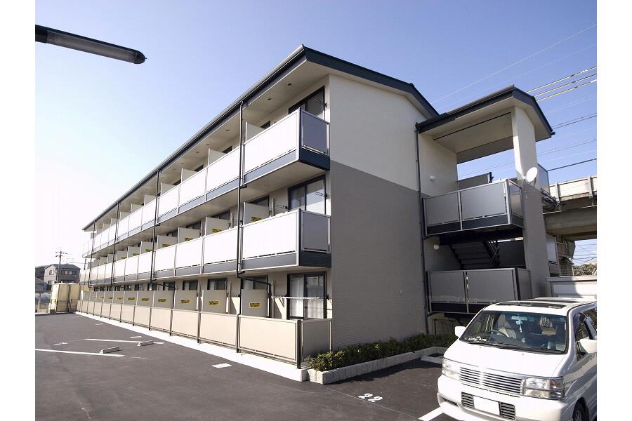 1K Apartment to Rent in Kyoto-shi Nishikyo-ku Exterior