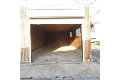 1R Warehouse to Rent in Matsubara-shi Interior