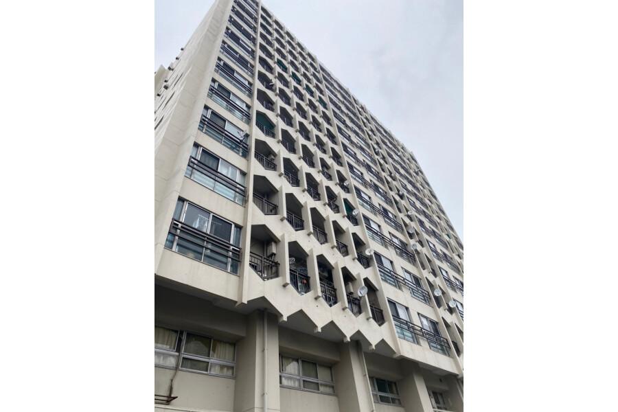 2LDK Apartment to Buy in Ota-ku Exterior