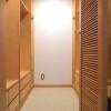 在港區內租賃3LDK 公寓大廈 的房產 收納櫃/倉庫