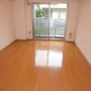 1K Apartment to Rent in Shibuya-ku Living Room