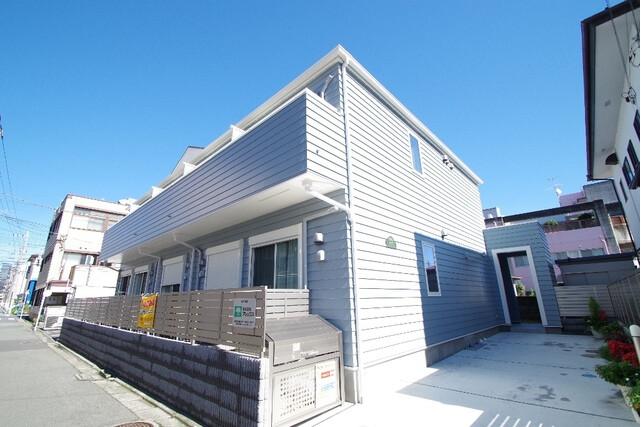 1K Apartment to Rent in Atsugi-shi Exterior