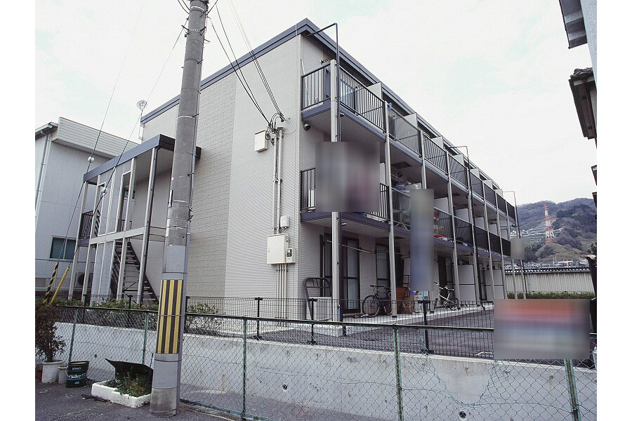 2DK Apartment to Rent in Yao-shi Exterior
