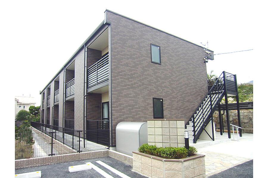 1K Apartment to Rent in Hiroshima-shi Saeki-ku Exterior