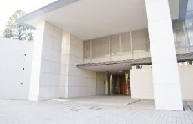 4LDK {building type} in Motoazabu - Minato-ku