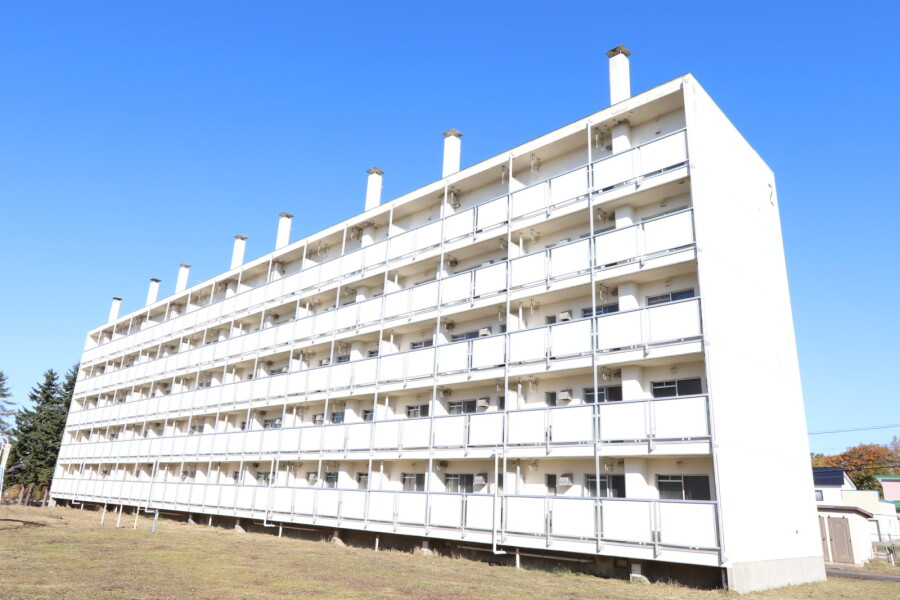 1LDK Apartment to Rent in Sunagawa-shi Exterior