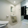 在港區內租賃1LDK 公寓大廈 的房產 廁所