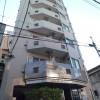 1K Apartment to Rent in Shinjuku-ku Entrance