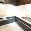 1LDK Apartment to Rent in Minato-ku Kitchen