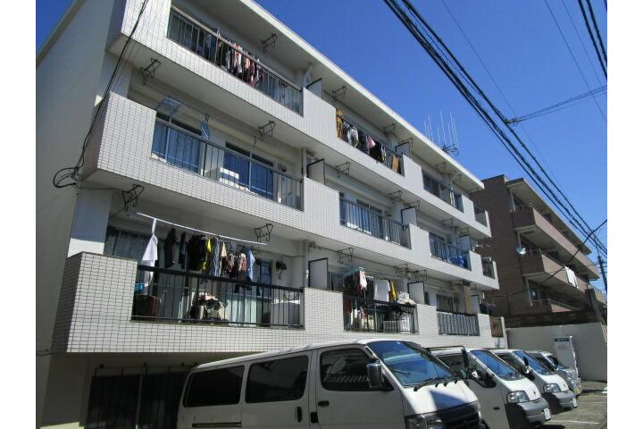 4LDK Apartment to Rent in Nakano-ku Exterior