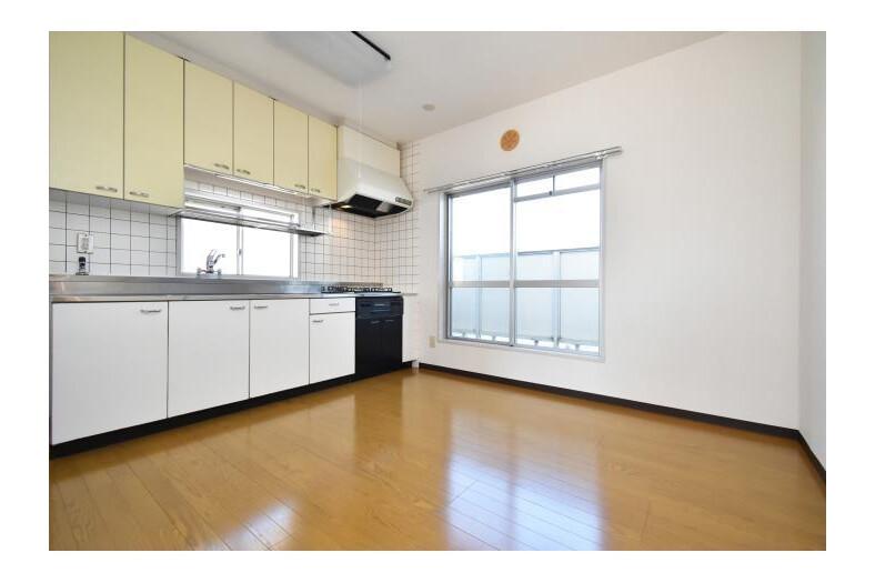 4LDK Apartment to Rent in Higashimurayama-shi Living Room