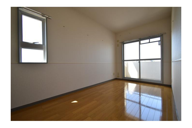 4LDK Apartment to Rent in Tama-shi Room