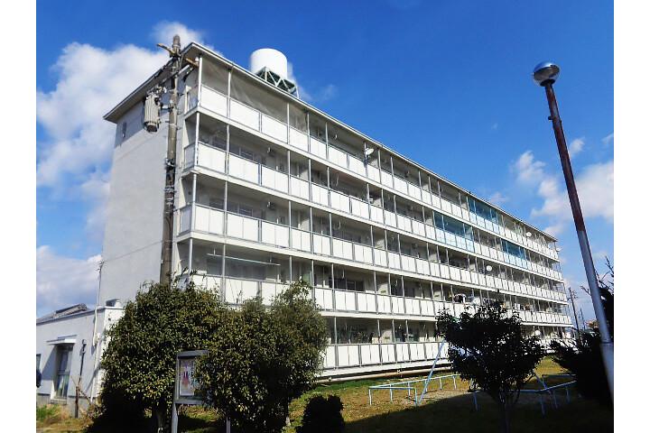 2DK Apartment to Rent in Matsusaka-shi Exterior
