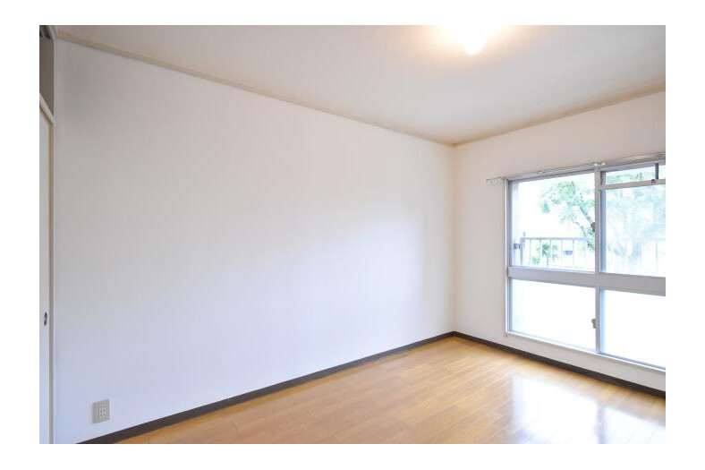 2LDK Apartment to Rent in Ebina-shi Interior