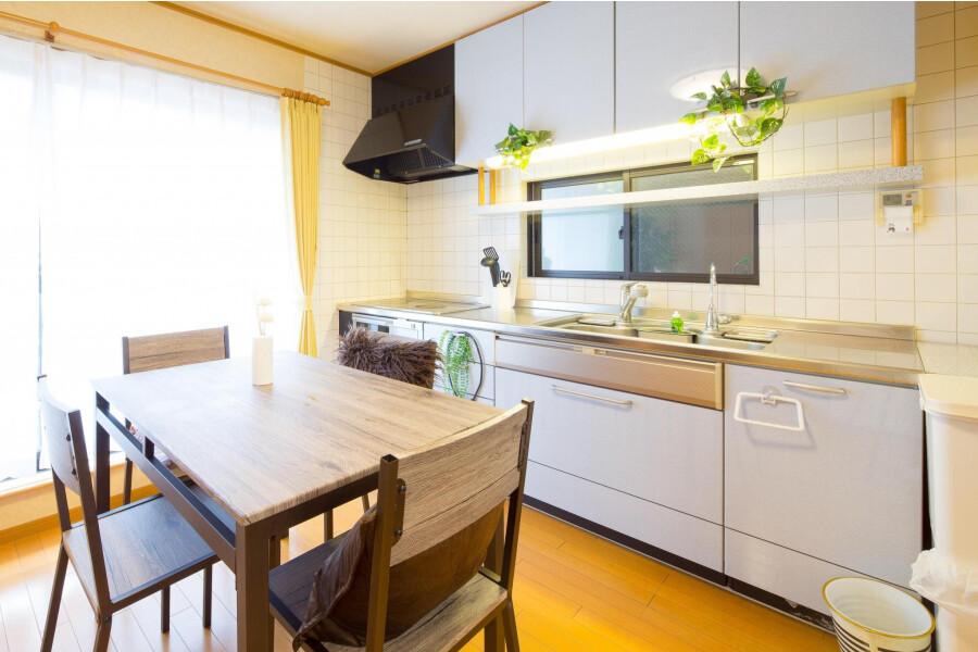 2LDK House to Rent in Edogawa-ku Living Room