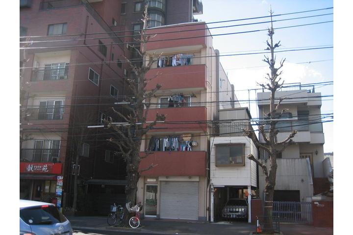 2K Apartment to Rent in Bunkyo-ku Exterior