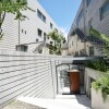 4SLDK Apartment to Rent in Shibuya-ku Building Entrance