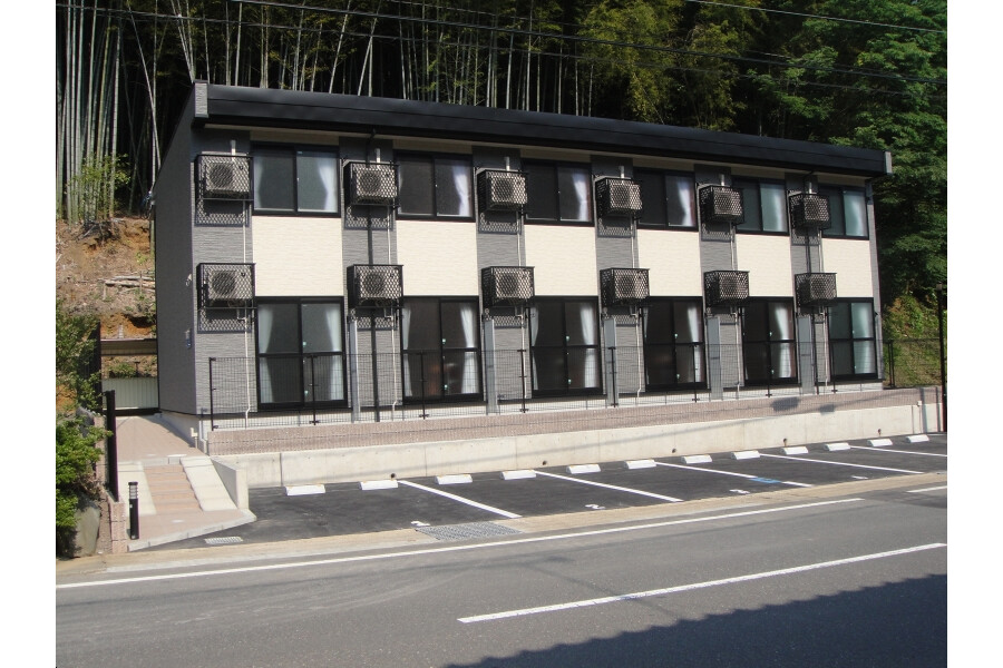 1K Apartment to Rent in Maizuru-shi Exterior