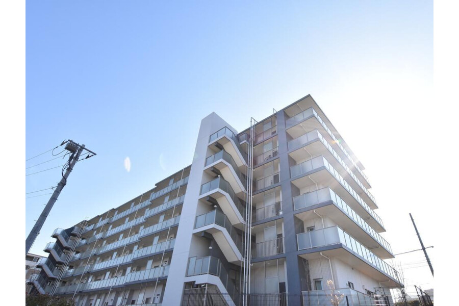 2LDK Apartment to Rent in Yokohama-shi Totsuka-ku Interior
