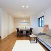 在豊中市購買3SLDK 獨棟住宅的房產 起居室
