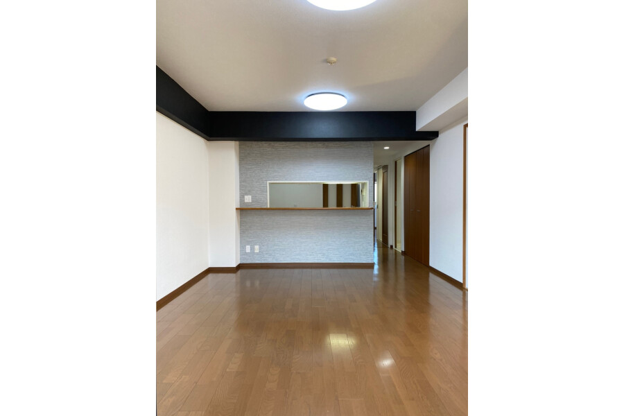 3LDK Apartment to Buy in Kyoto-shi Shimogyo-ku Living Room