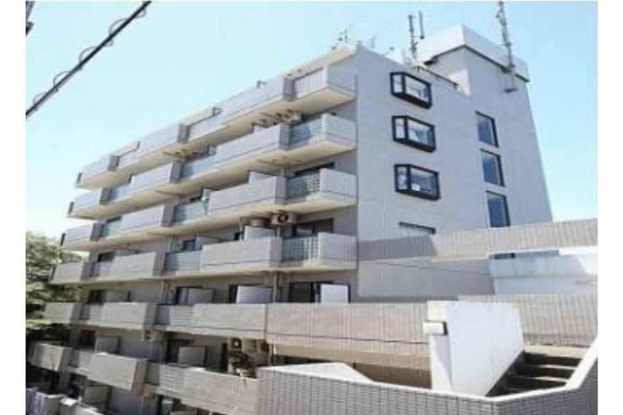 1K Apartment to Buy in Yokohama-shi Minami-ku Exterior