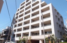1LDK {building type} in Shiroganecho - Shinjuku-ku