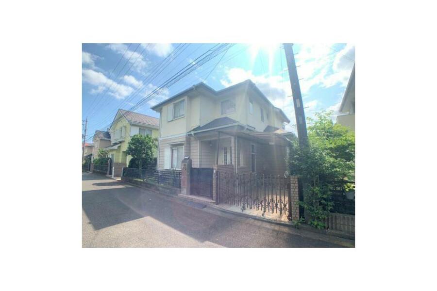 5LDK House to Buy in Yokohama-shi Totsuka-ku Exterior