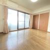 4LDK Apartment to Buy in Setagaya-ku Bedroom