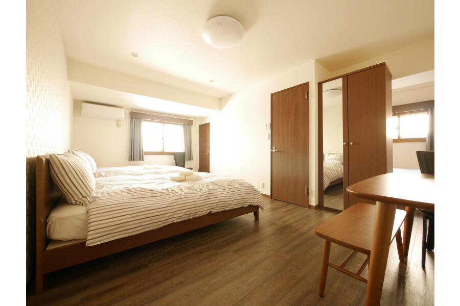 1R Serviced Apartment to Rent in Shibuya-ku Bedroom