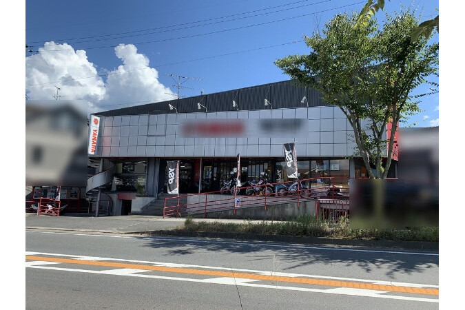 Whole Building Retail to Buy in Kyotanabe-shi Exterior