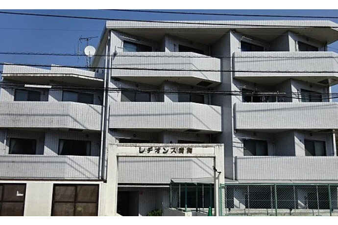 3DK Apartment to Buy in Ome-shi Exterior