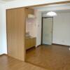 1DK Apartment to Rent in Kawasaki-shi Miyamae-ku Living Room