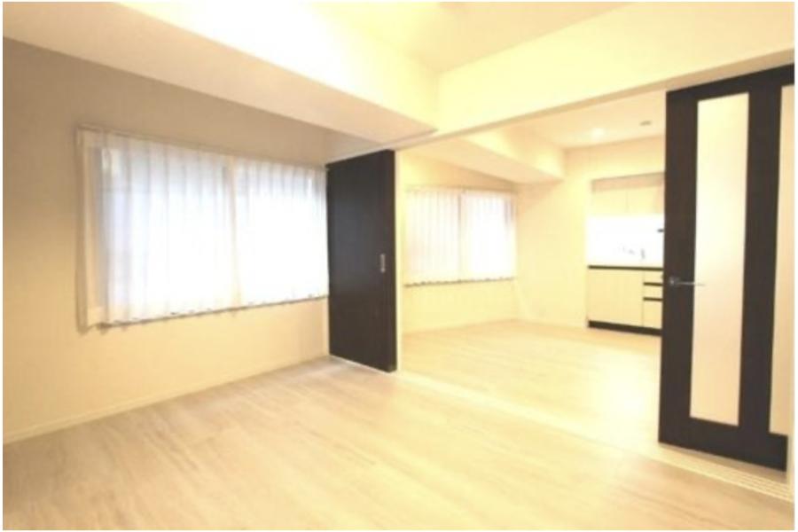 1DK Apartment to Buy in Shinjuku-ku Bedroom