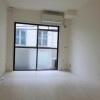1R Apartment to Rent in Meguro-ku Western Room