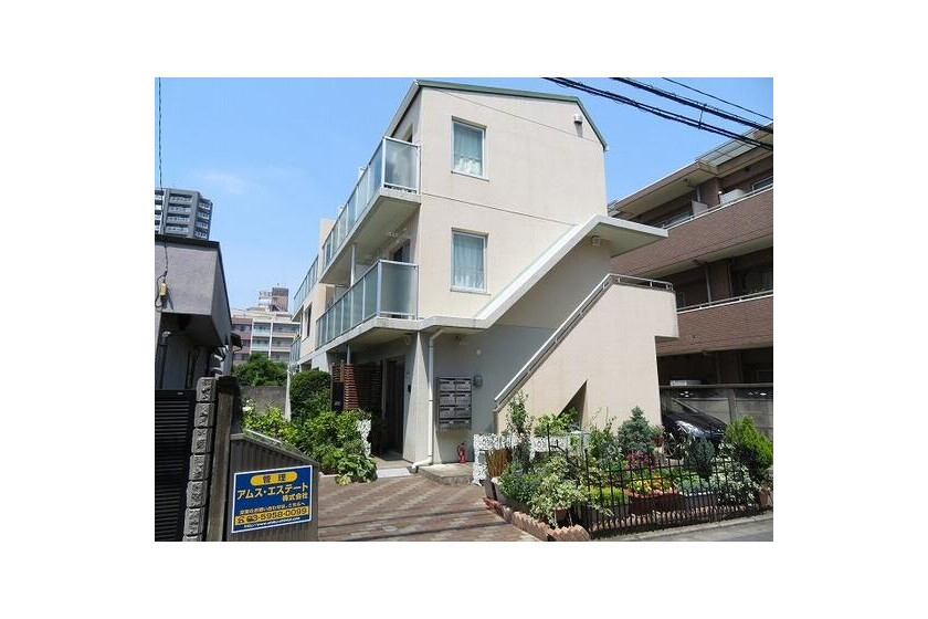 1DK Apartment to Rent in Chofu-shi Exterior