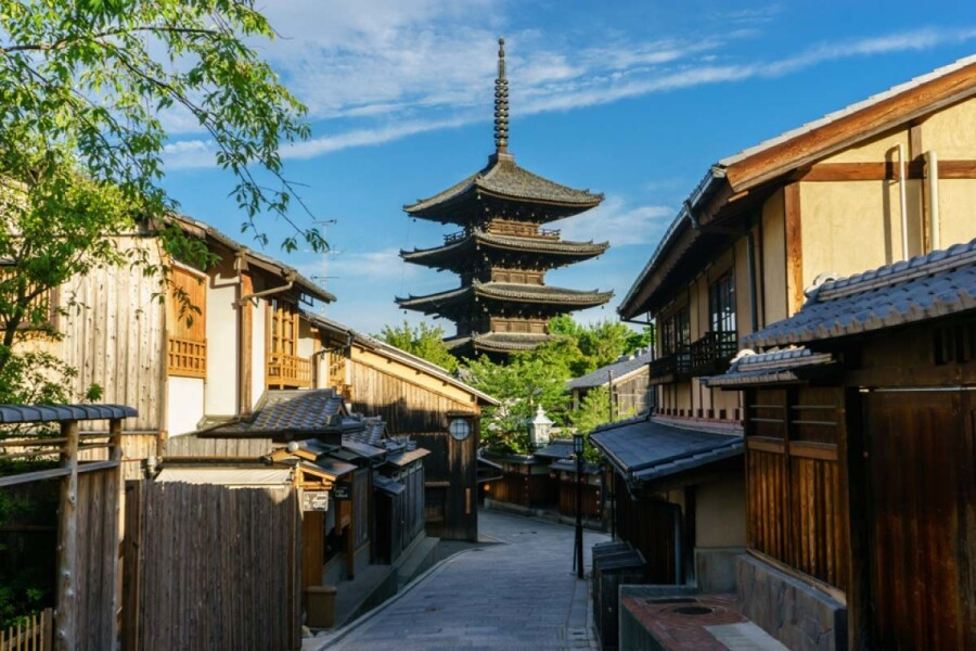 Whole Building Retail to Buy in Kyoto-shi Higashiyama-ku Interior