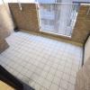 1K Apartment to Rent in Osaka-shi Yodogawa-ku Balcony / Veranda