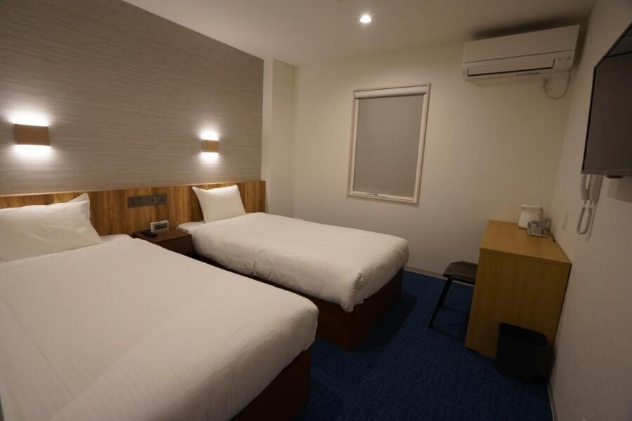 Whole Building Apartment to Buy in Izumisano-shi Interior