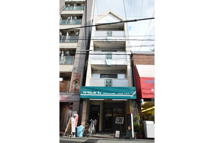 1K Apartment to Rent in Osaka-shi Naniwa-ku Interior