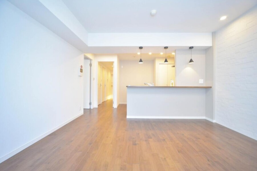 2LDK Apartment to Buy in Yokohama-shi Naka-ku Living Room