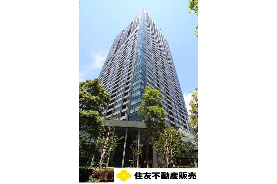 2LDK Apartment to Buy in Koto-ku Outside Space