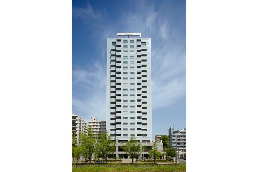 3LDK Apartment to Rent in Osaka-shi Yodogawa-ku Exterior