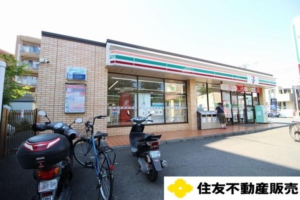 Whole Building Retail to Buy in Yokohama-shi Tsurumi-ku Exterior